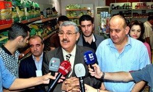 وزير التجارة: قرار زيادة الرواتب جاء في إطار خطة ترشيد الدعم