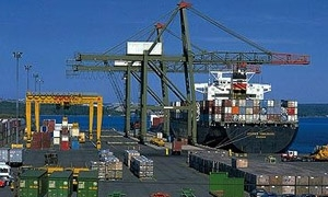 اقتصاد حماة تمنح 381 إجازة استيراد بقيمة 15 مليار ليرة خلال النصف الأول