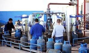 إنتاج وتوزيع 25 ألف إسطوانة يومياً في محافظتي