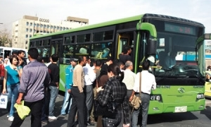 بعد فترة طويلة من التجاوزات.. شركات النقل الداخلي الخاصة تلتزم بتسعيرة محافظة دمشق