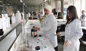 بكلفة 105 ملايين ليرة .. منح ترخيص لإنشاء مشروعين صناعيين  في حماة و136 إجازة استيراد  خلال 2014