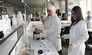 إيران توافق على ثلاثة مشاريع دوائية ضمن الخط الإئتماني مع سورية