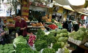 أسعار الخضار والفواكه والفروج في دمشق.. انخفاض في سعر البندورة والبطاطا