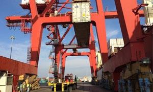 بحمولة 1500 طن.. انطلاق الدفعة الثانية من الحمضيات إلى مرفأ نوفور إسيسيك في روسيا