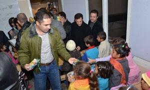 رئيس اتحاد غرف الصناعة يحول أحد معامله لمدرسة للأطفال المهجرين