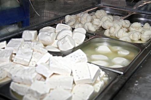 تحديد أسعار جديدة للألبان والأجبان في أسواق دمشق