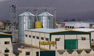 السماح بنقل 19 منشأة صناعية كبيرة إلى مناطق آمنة بريف دمشق