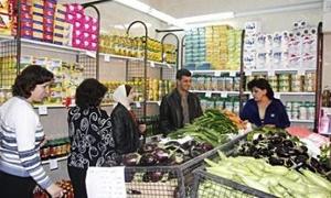 اتحاد عمال دمشق يفتتح 15 منفذاً لبيع المواد الغذائية والتموينية