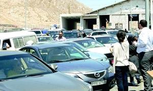 بعد فرض لبنان الفيزا على السوريين.. اتحاد غرف الصناعة السورية يطالب بوقف الترانزيت القادم من لبنان