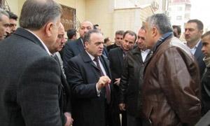 وزير الكهرباء يوجه بوضع عدادات جماعية لمناطق سكن المهجرين لضبط الاستهلاك