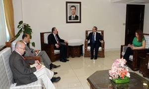 عبدالله الدردري يزور دمشق ويشرح للحكومة خطته لإعادة إعمار سورية