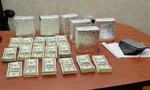 الجهات المختصة تعثر على كميات كبيرة من الدولارات المزورة وأحد الموقوفين لبناني