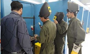 وزير الأشغال العامة يصدر قراراً بإحداث مراكز التدريب المهني