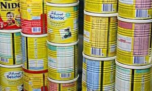 حماية المستهلك بدمشق تصادر أغذية أطفـال فاسدة في أحد المحال التجارية بدمشق
