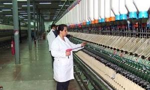 صناعة الغزل والنسيج في سورية تعاني قلة العمالة ضعف الحوافز