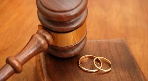 نحو 22 ألف عقد زواج شرعي في دمشق خلال 2014.. منها 86 حالة منع زواج بسبب الأمراض