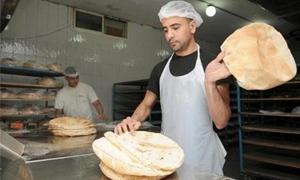 وزير التجارة: إنتاج  الخبز في الأفران الاحتياطية ينافس الخبز السياحي
