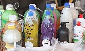 ضبط معمل لتصنيع المنظفات المزورة في دمشق يحتوي على 15 برميلاً من مادة