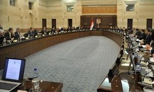 بالأرقام.. موازنة الحكومة السورية تنخفض إلى النصف مقارنة بـ 2011