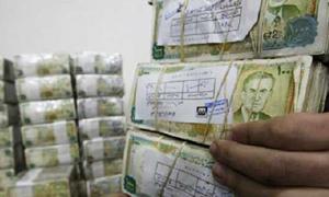 المركزي يعلن التدخل بسعر 355 ليرة للدولار دون سقف