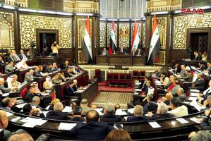 نائب في البرلمان يتقدم بطلب استجواب وزير الاتصالات على خلفية قرار الانترنت