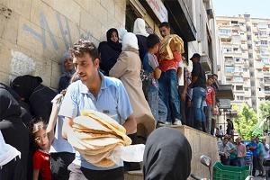 إعلامي ينتقد وزير التموين ويسأله: هل سعر ربطة الخبز بـ50 ليرة من باب المنية على المواطن أم معلومة جديدة؟!