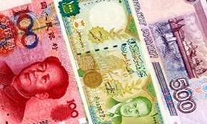 العملة الوطنية هل يتم التداول فيها!!..استاذ اقتصاد: على الحكومة إنشاء سلة عملات للدول التي نتعامل معها تجارياً