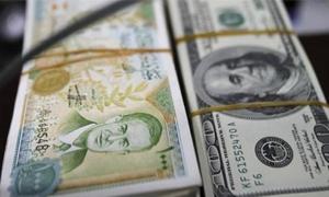 باحث اقتصادي : هنالك فرصة أمام  المركزي لتحديد الآيادي التي تستحق العملة الصعبة ووقف المضاربة