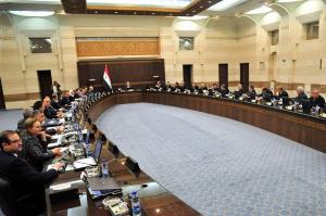 الحكومة تناقش مشروع قانون( تثبيت العاملين المؤقتين في الدولة) وفقا للشواغر المتوفر بوزارتهم