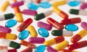 التجارة الخارجية تعفي الأدوية المستوردة من اللصاقة الليزرية