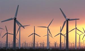 ألمانيا تضع آمالها على الشمس والرياح في توليد الطاقة و