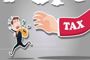 تجار يشكون ظلم المالية وفرضها ضرائب بنسب عالية على بضائع بيعت منذ 3 أعوام؟!