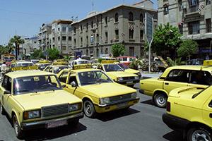 في سورية: سائقو التكسي استغلوا الركاب خلال العيد بأجرة مضاعفة وخيالية.. والرقابة نائمة!!