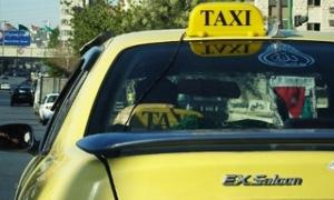 الدخل الصافي لسائق التاكسي بدمشق يترفع 4 اضعفاف ليصل الى 60 ألف ليرة شهرياً