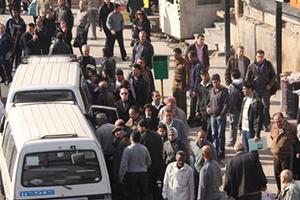 واقع النقل في العاصمة دمشق: أزمات متراكمة ..معاناة يومية تصل حتى حدود المهانة ولا حلول!!