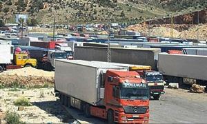 لبنان يعلن توقف حركة الترانزيت عبر سورية