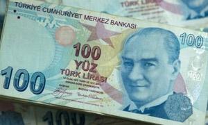 الليرة التركية في أدنى مستوياتها