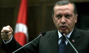 إردوغان يدعو رجال الأعمال إلى عدم المضاربة على الدولار