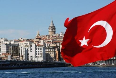 تركيا تعفي السوريين من شرط الخروج والدخول للحصول على إقامة