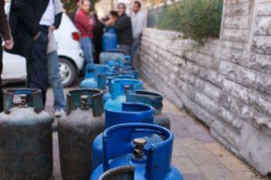 بورصة أسعار الغاز المنزلي في ريف دمشق إلى إرتفاع: الإسطوانة بـ9000 و تعبئة الطباخ الوسط بـ2500 ليرة