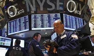 الاسهم الأمريكية تغلق عند مستويات قياسية مرتفعة بعد قرار مجلس الاحتياطي