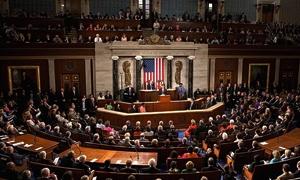 خبيران اقتصاديان بارزان: امريكا تتجه نحو إنهيار مالي اخر