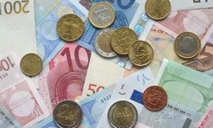اليورو مستقر أمام الدولار قبل قرار المركز الأوربي بشأن السندات الإسبانية