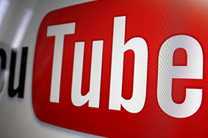 بات بإمكانكم مشاهدة يوتيوب وتصفّح تطبيقات أخرى في الوقت نفسه... كيف؟